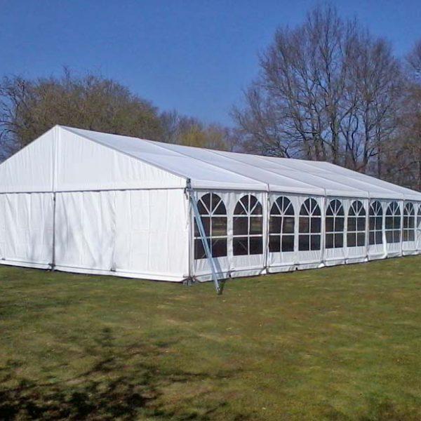Alu-tent of alu-hal